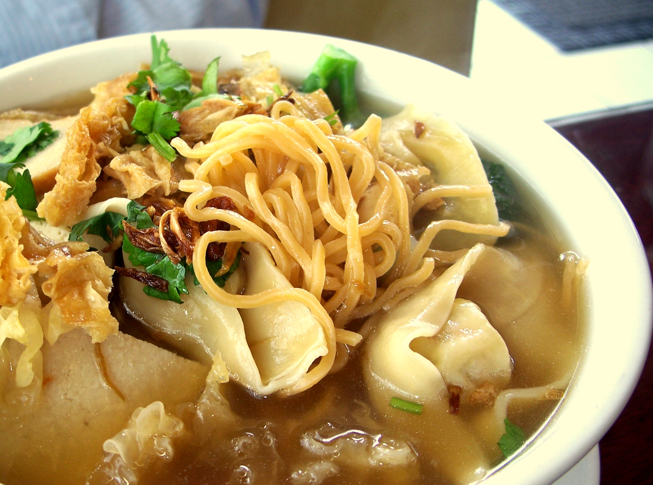 wonton-noodle-soup-green-cafe-2