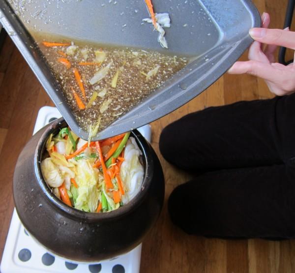 Green Kitchen Kimchi: Kitchen Hour: Make White Baechu Kimchi