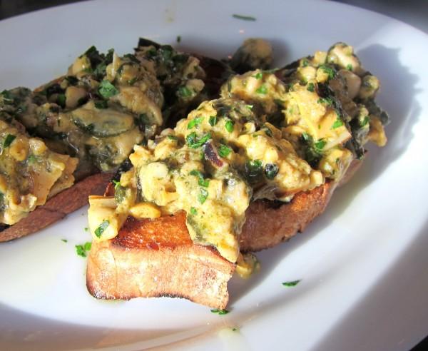 Crostini - $8 - mussel ragu on toast Tasty level: Good. Why is it yellow? Beat me.