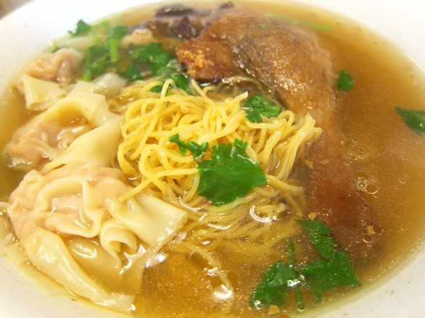 Braised duck leg noodle soup with wonton ($7.59) - #4 on the menu Score: 12/30