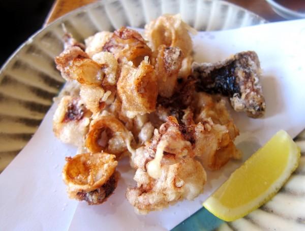 Ika karaage ($6) - deep-fried  squid. I like it. A lot.