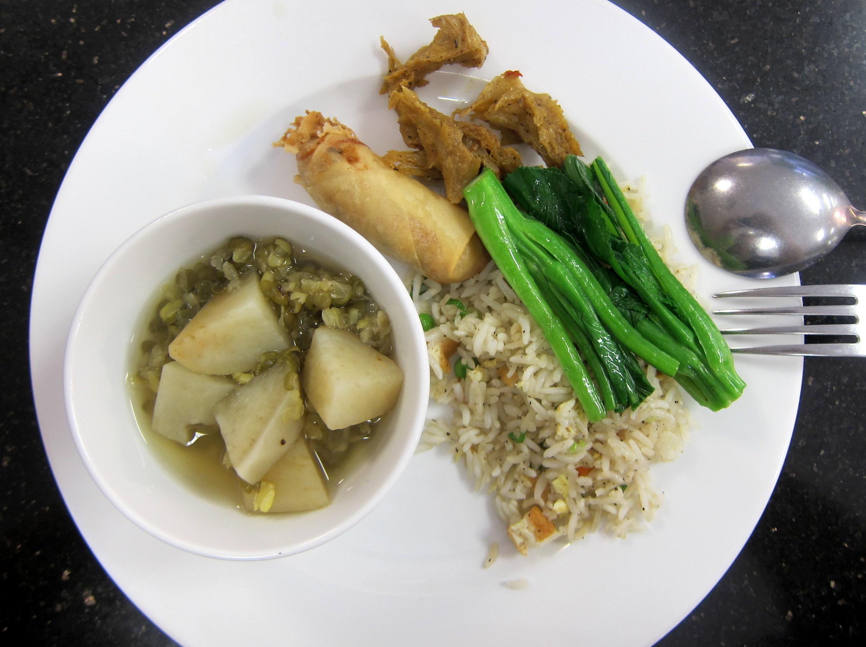 Tinh Luat restaurant – thoughtful vegan food | Flavor Boulevard